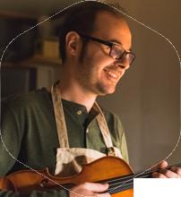 Abel Osuna luthier